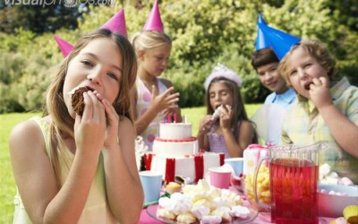Birthday Party Etiquette – What's Your Opinion?
