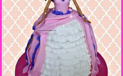 barbie-brunette-cake