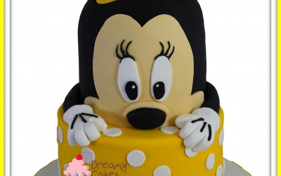 minnie-mouse-cake-yellow
