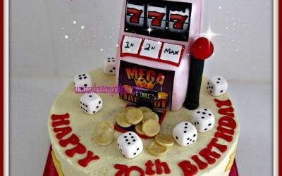 poker_machine_cake